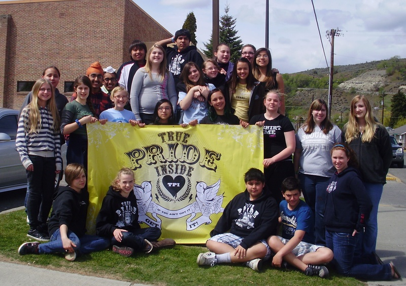 One week after opening the Street Team up to all Omak Middle School Students - the club went from 12 to 28 members. All 28 students are working together to build a better community.