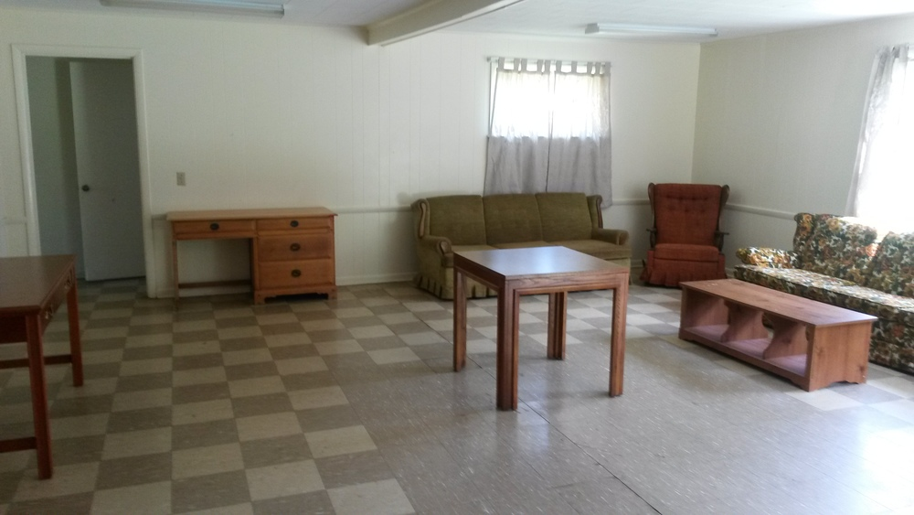 Cabin Meeting Room (Seats 20)