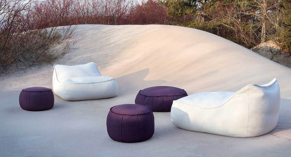 play pouf and bench outdoor