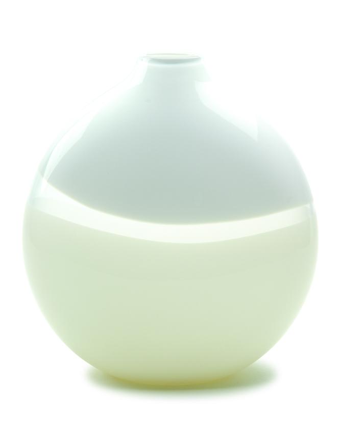 Lattimo Flat Round Vase
