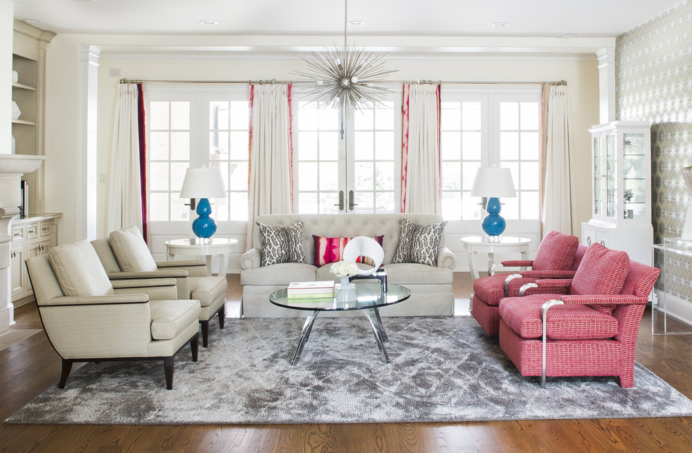 White and cream living room; red & turquoise accents; Peter Dunham fabric; Kelly Wearstler chandelier; Roger Sprunger for Dunbar table | Savage Interior Design