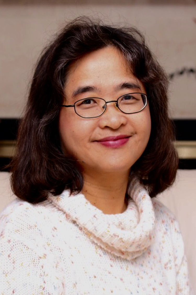 Alice Ho Educational Consultant