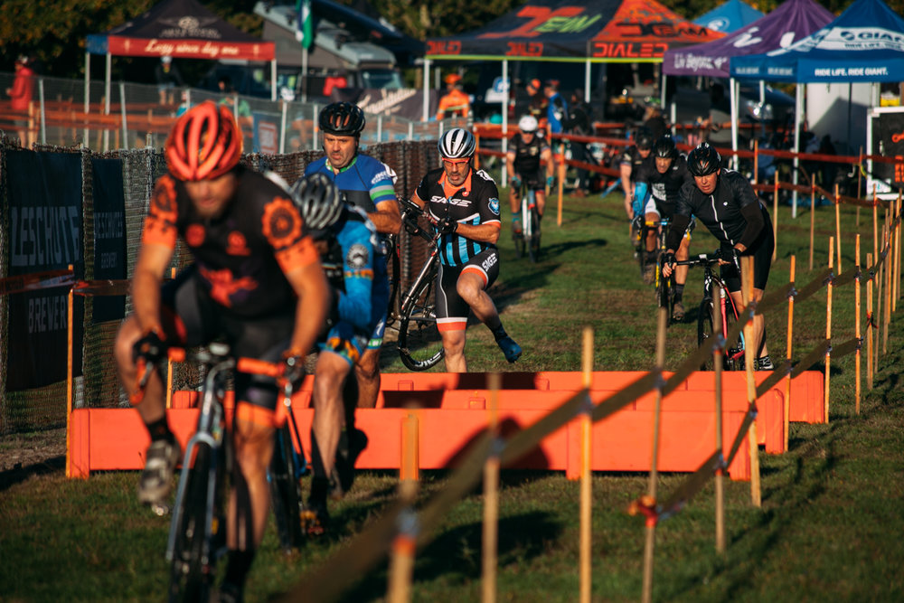 Cyclocross18_CCCX_HeronLakes-18-fransencomesalive.jpg