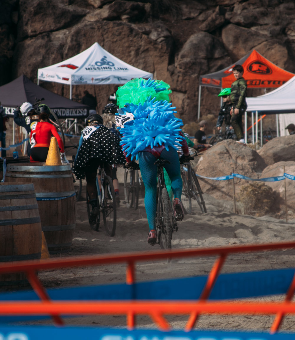 Cyclocross18_CCCX-Bend-Day2-12-fransencomesalive.jpg