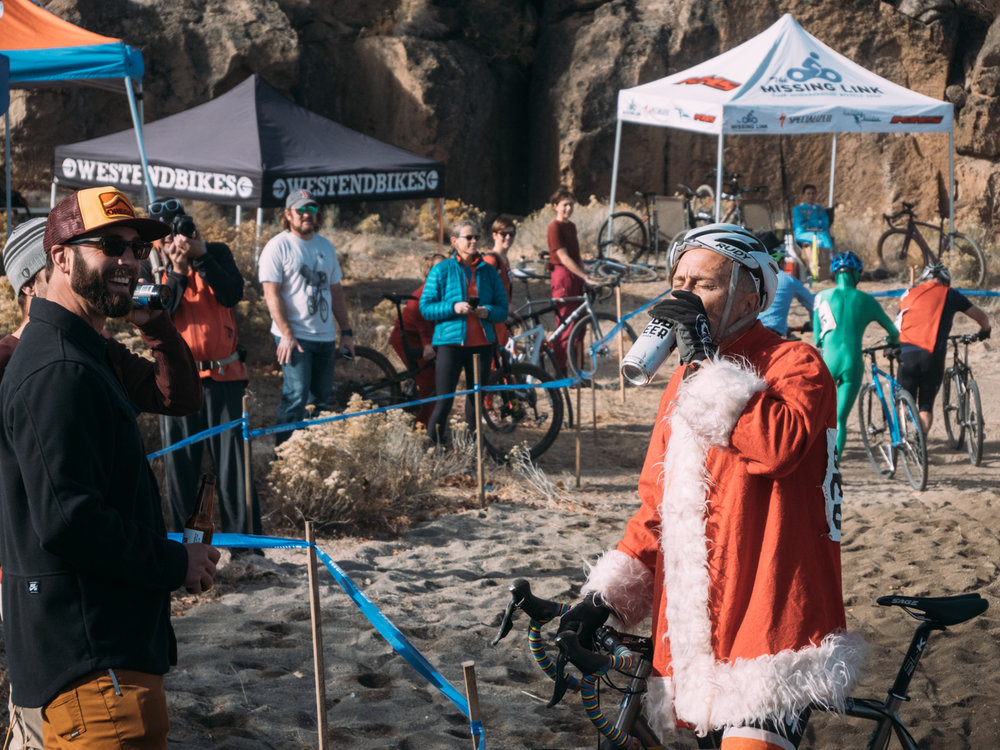 Cyclocross18_CCCX-Bend-Day2-13-fransencomesalive.jpg