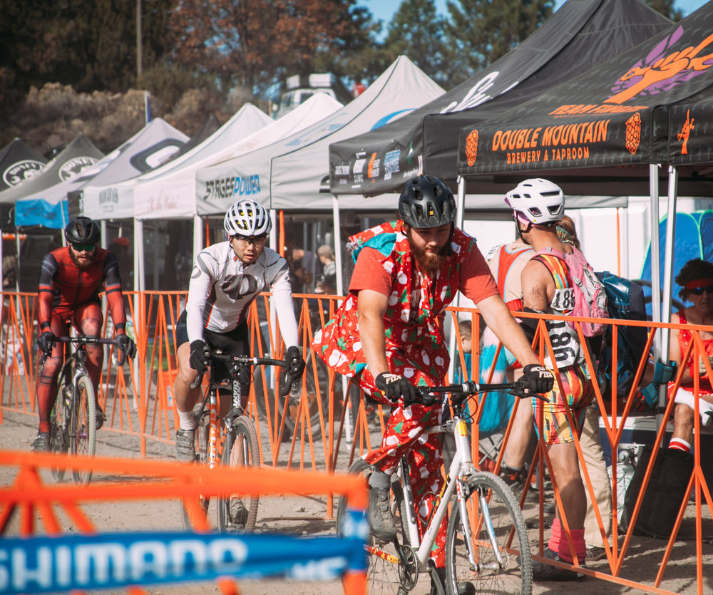 Cyclocross18_CCCX-Bend-Day2-23-fransencomesalive.jpg