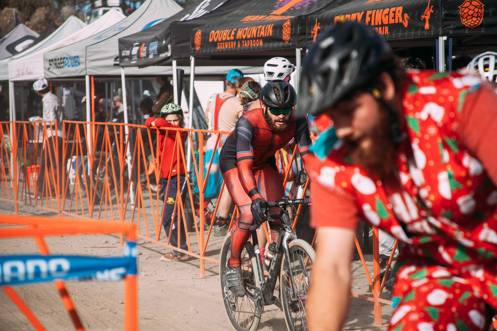 Cyclocross18_CCCX-Bend-Day2-24-fransencomesalive.jpg