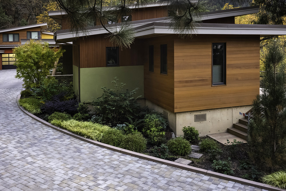 Upper Terrace, Ashland, Oregon – Landscape design and installation