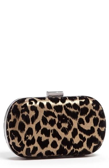 Menbur leopard clutch