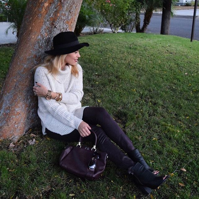 SWEATER  MULTIPLE COLORS $54/  HAT  $28 /  DENIM  /  BAG  ON SALE /  BOOTIES