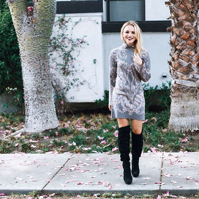 DRESS  /  OVER THE KNEE BOOTS