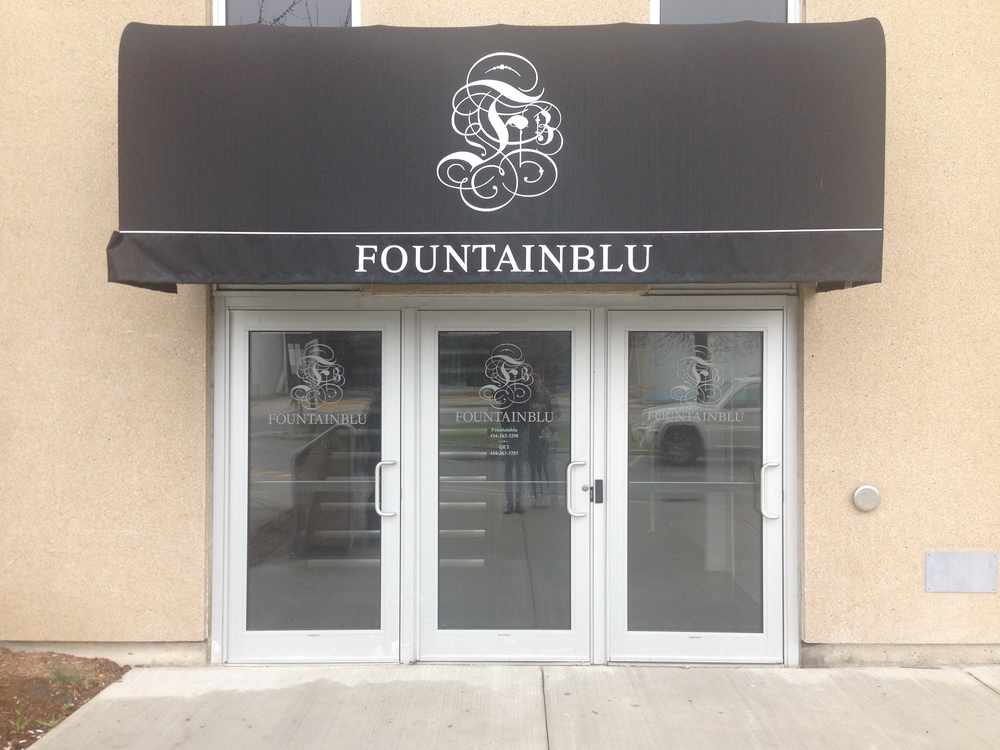 For more information on this venue visit their site at:  http://fountainblu.ca/