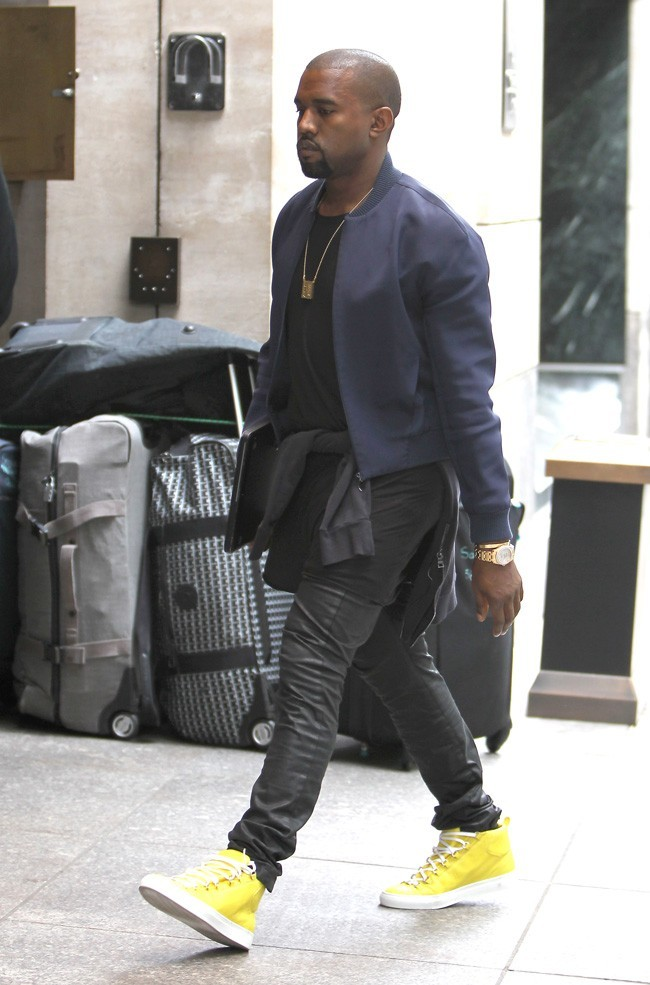 Kanye-West-le-25-avril-2012-a-New-York_portrait_w674.jpg