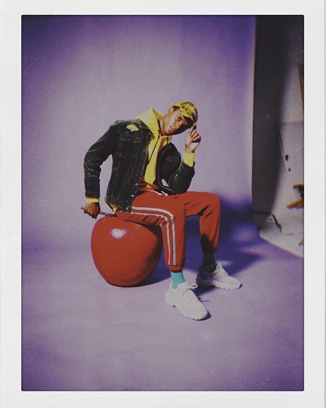 you ain't got nothin' on my apple bottom. 🍎 #BTS #mensfashion #photography