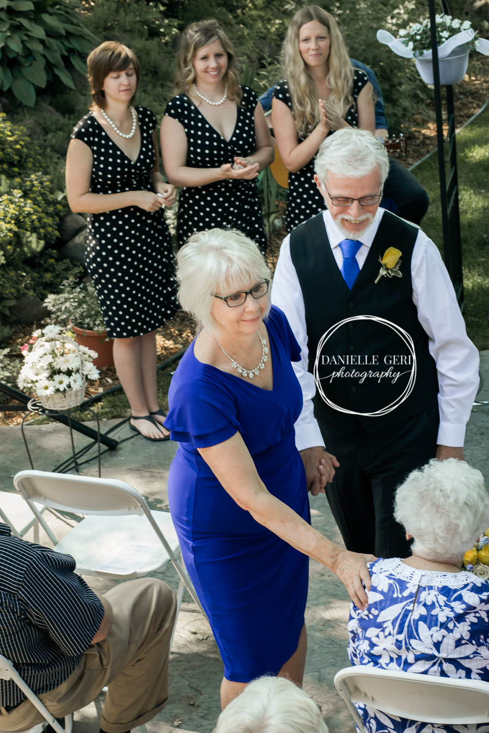 Cokato, Minnesota Backyard Wedding Photos