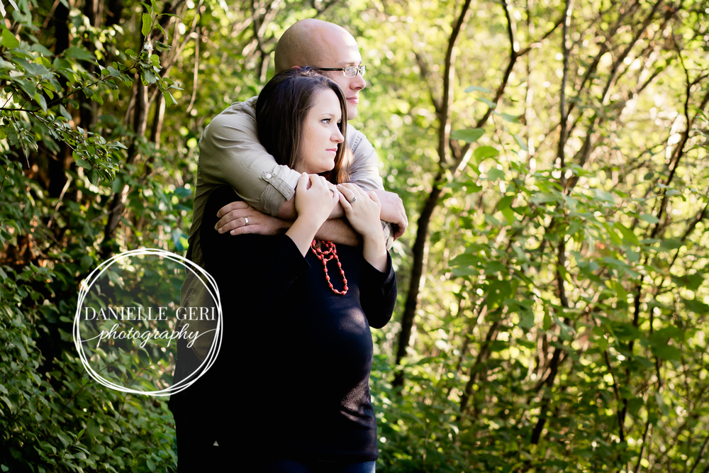 Outdoor professional fall maternity pictures in Buffalo, MN