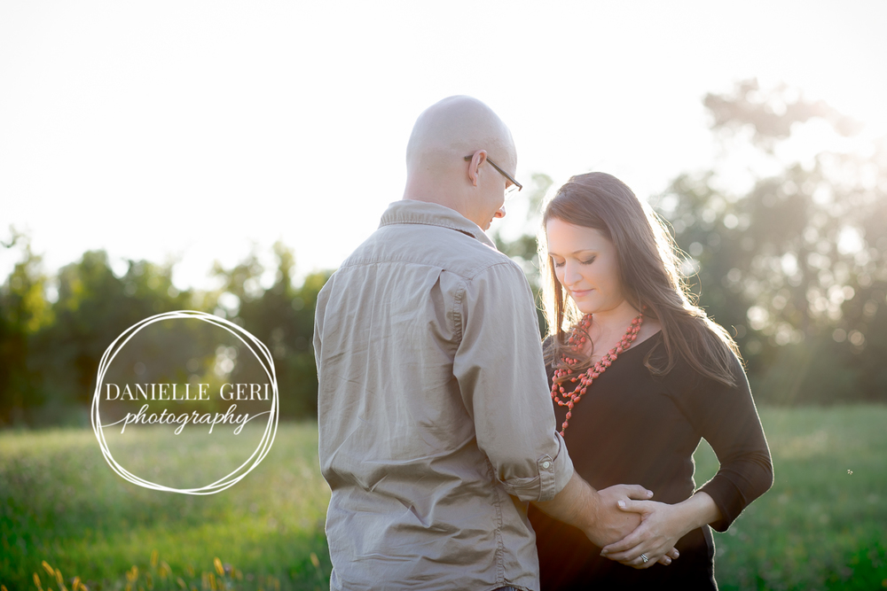 Fall outdoor maternity session in Maple Lake Minnesota