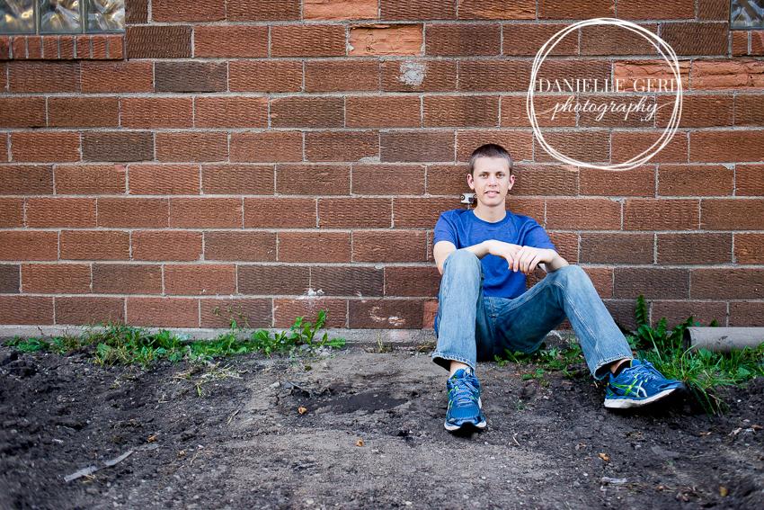 SeniorPhotosMNIsaac-5.jpg