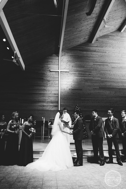 MN.Wedding.Winter.Photography-32.jpg