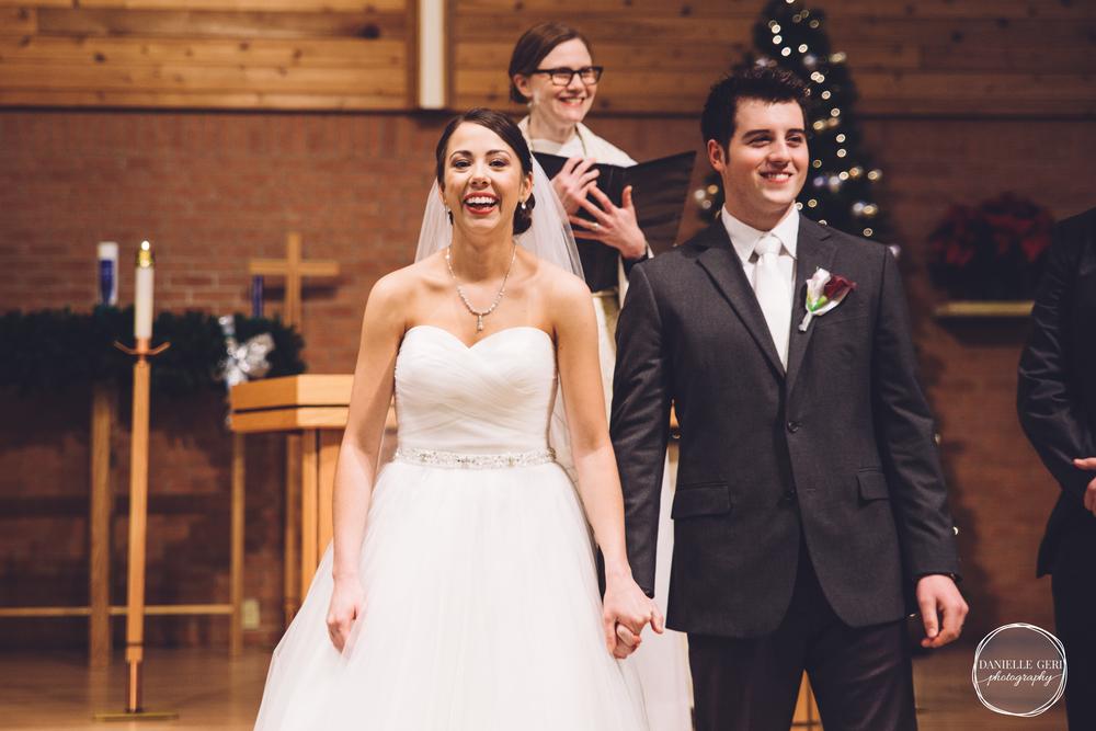 MN.Wedding.Winter.Photography-33.jpg