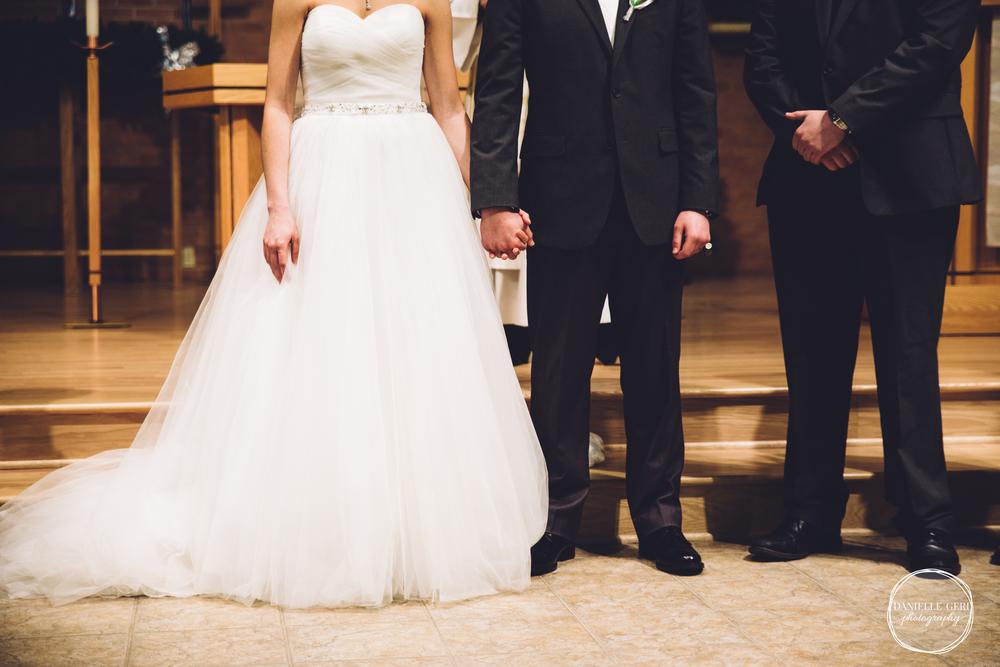 MN.Wedding.Winter.Photography-34.jpg