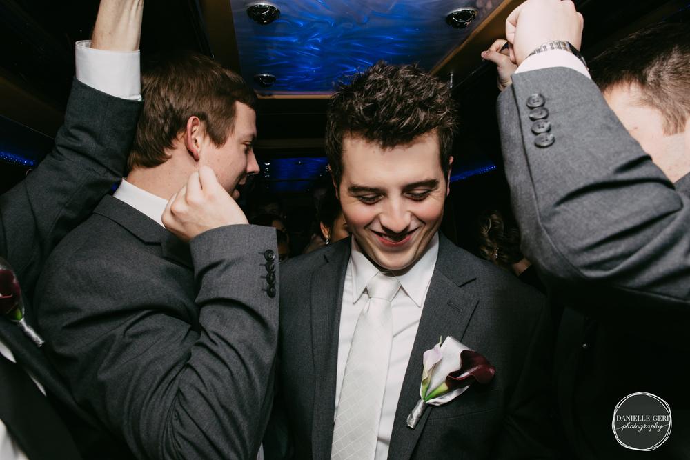 MN.Wedding.Winter.Photography-44.jpg