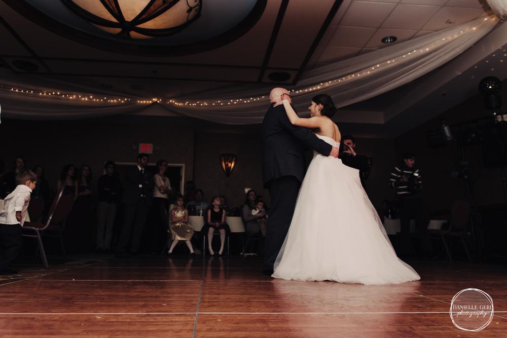 MN.Wedding.Winter.Photography-57.jpg