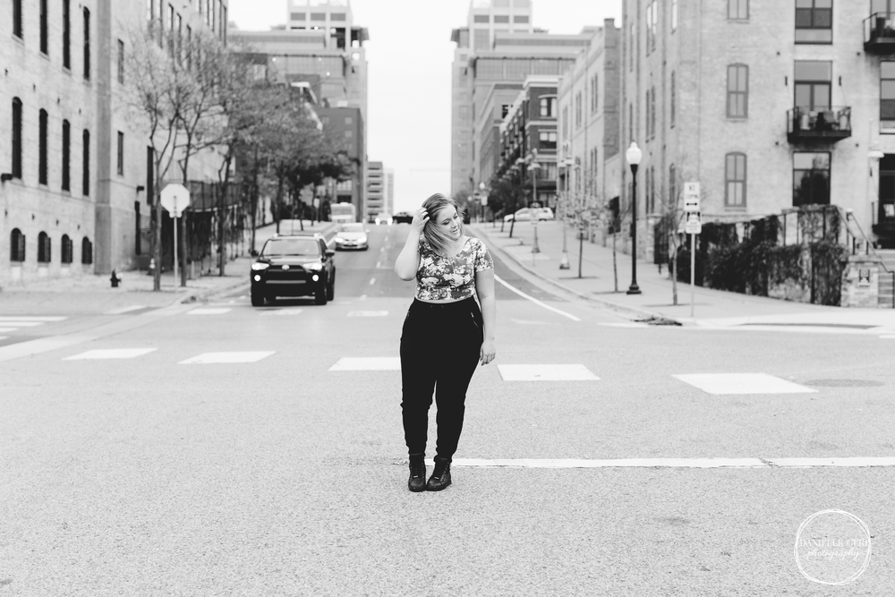 Buffalo, MN Senior Portrait Photographer, Danielle Geri Photography by Danielle Long