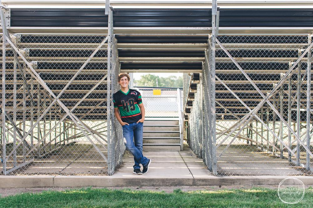 Monticello.MN.Senior.Photos-5.jpg