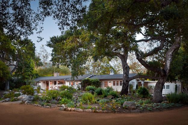 Coveted Glen Oaks - $3,195,000