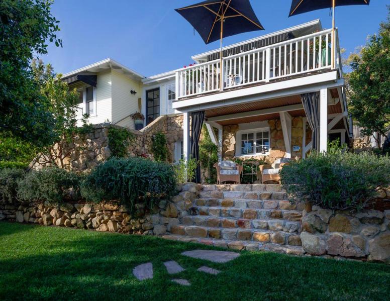 Ocean-View Riviera - $1,995,000