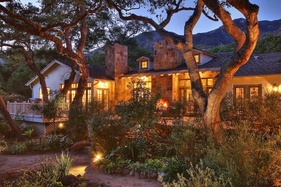 Alluring Piedras Retreat - $4,595,000