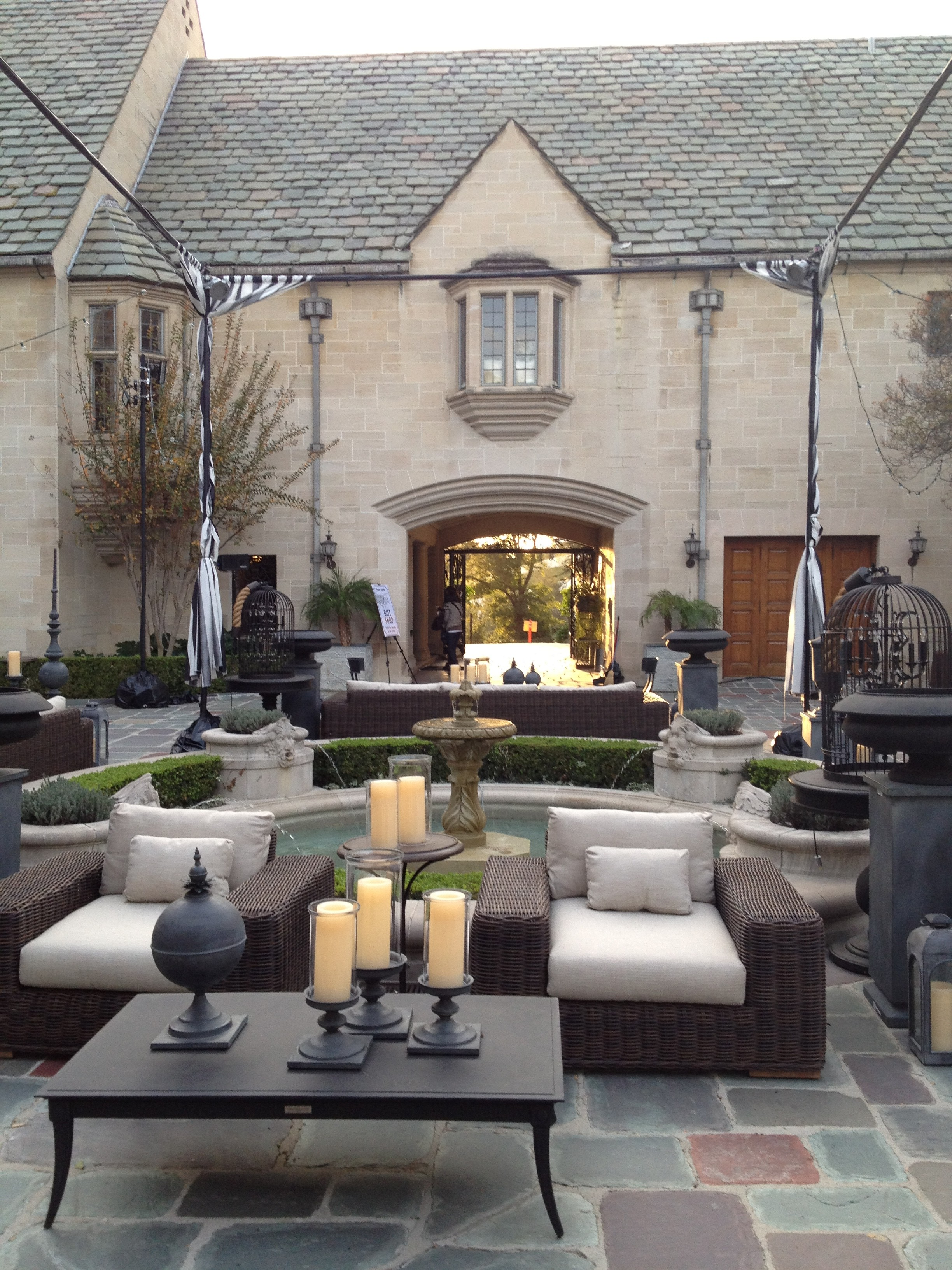 Greystone Mansion in Beverly Hills Patio
