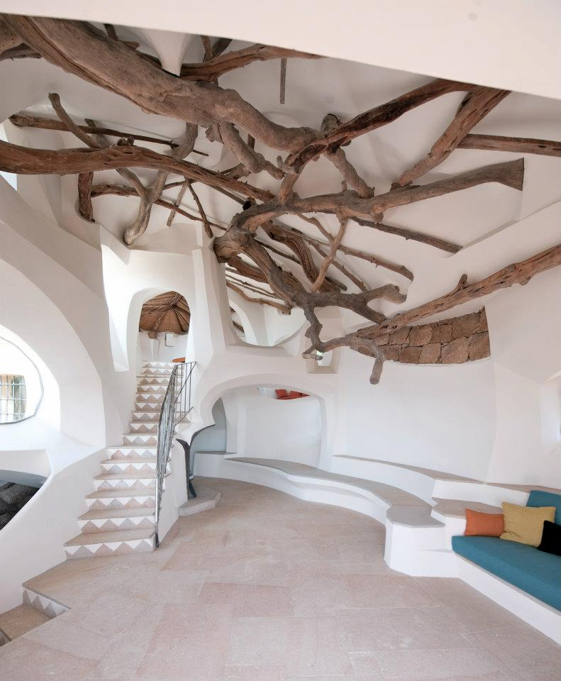Villa Due Mari Tree ceiling