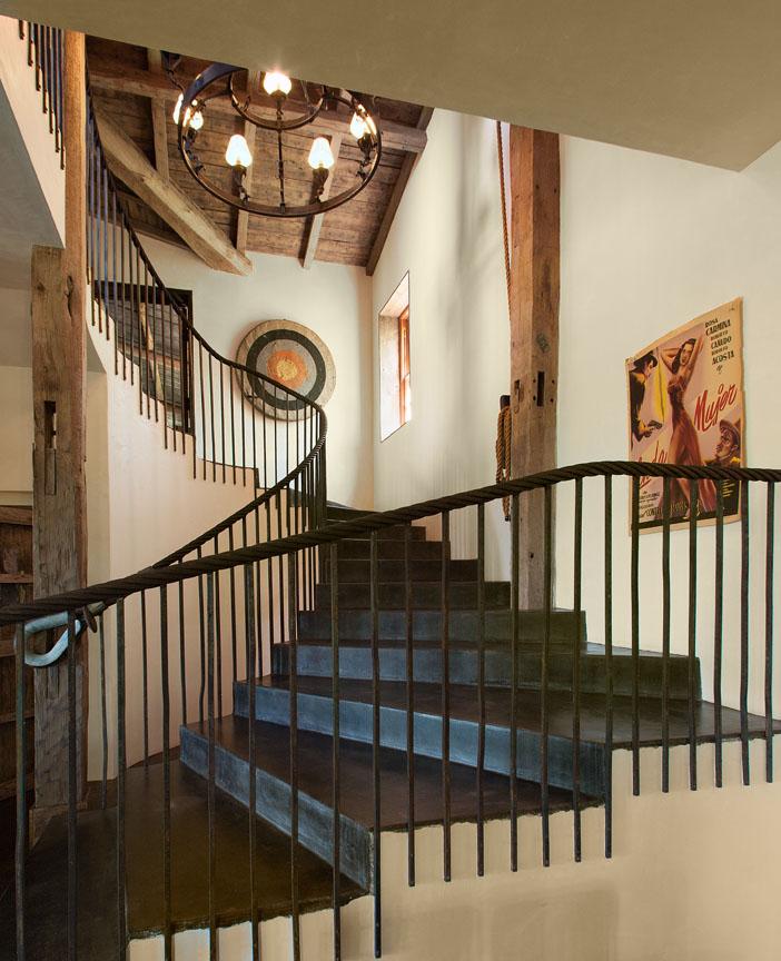7455ShepardMesa_Stairwell