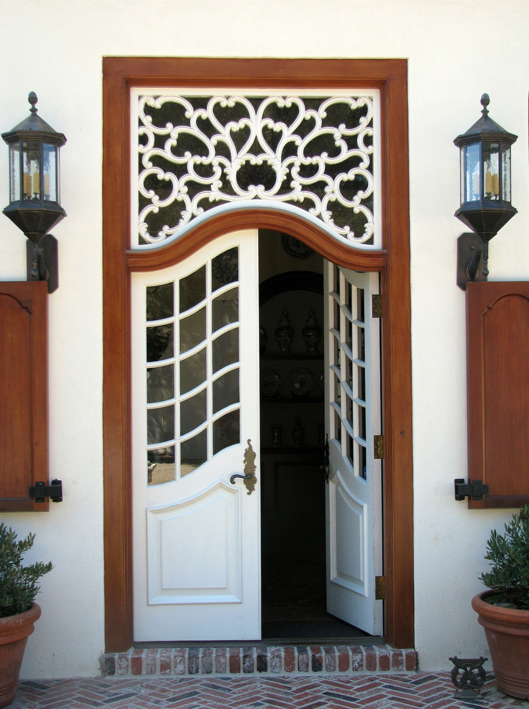 1599EValley_Front Door.jpg
