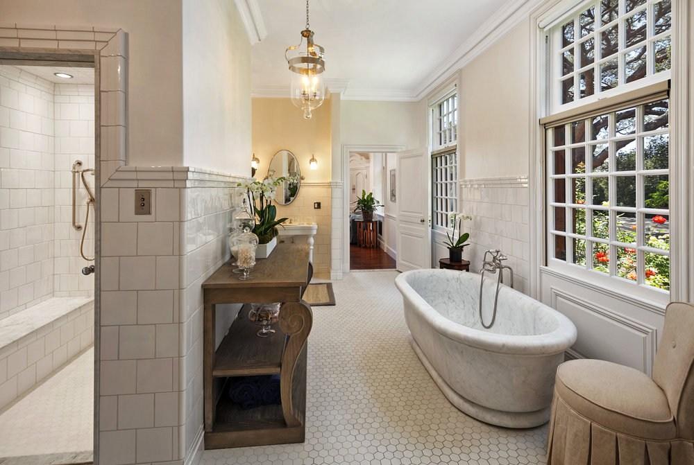 1599EValleyRd_Master Bath.jpg
