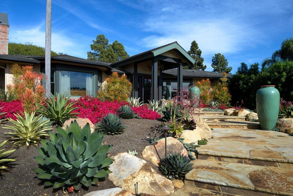 La Vista Road - $2,595,000