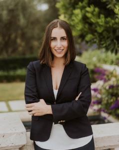 Erin Lammers Riskin Partners Village Properties