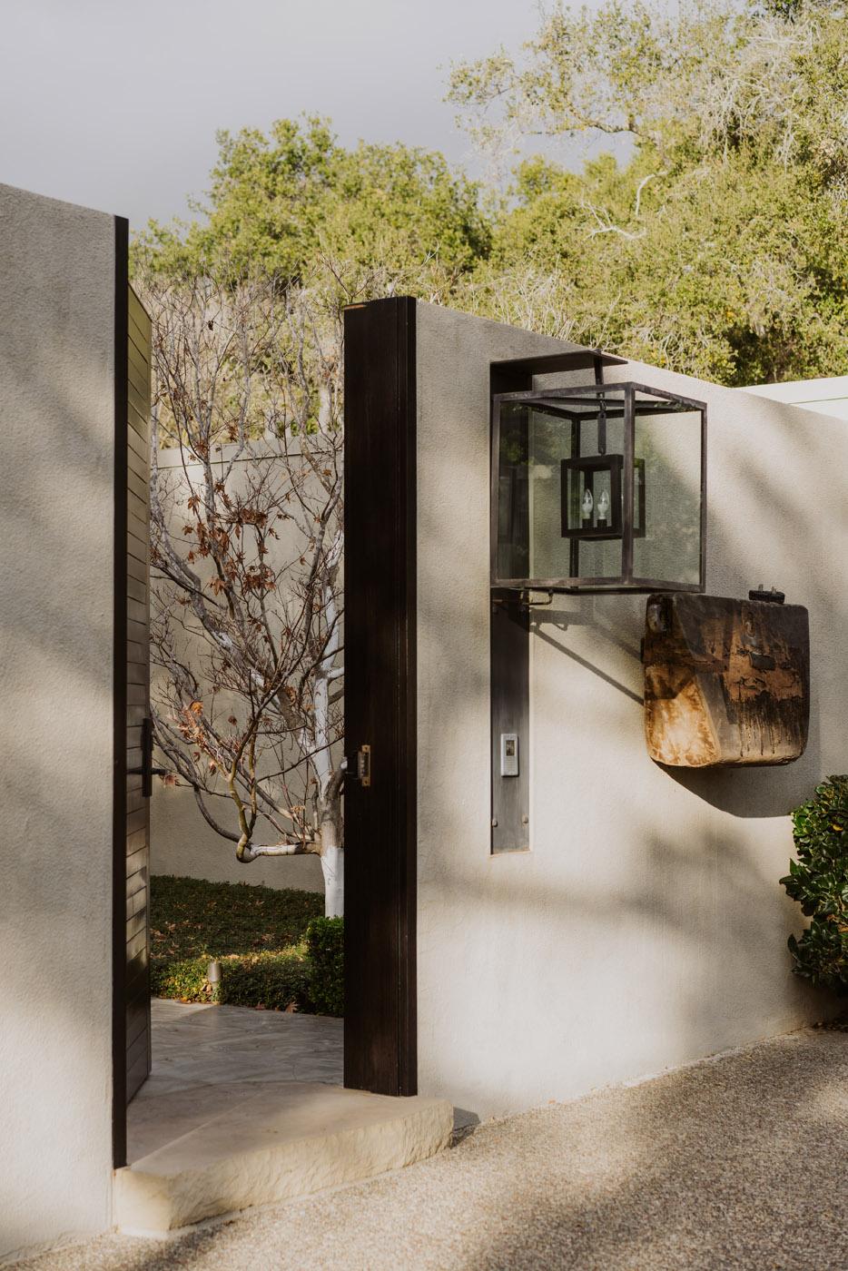 1636 Moore Road Montecito California Riskin Partners Real Estate agent montecito luxury real estate #1 real estate team