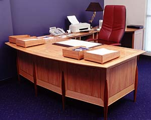 Tas Oak Desk