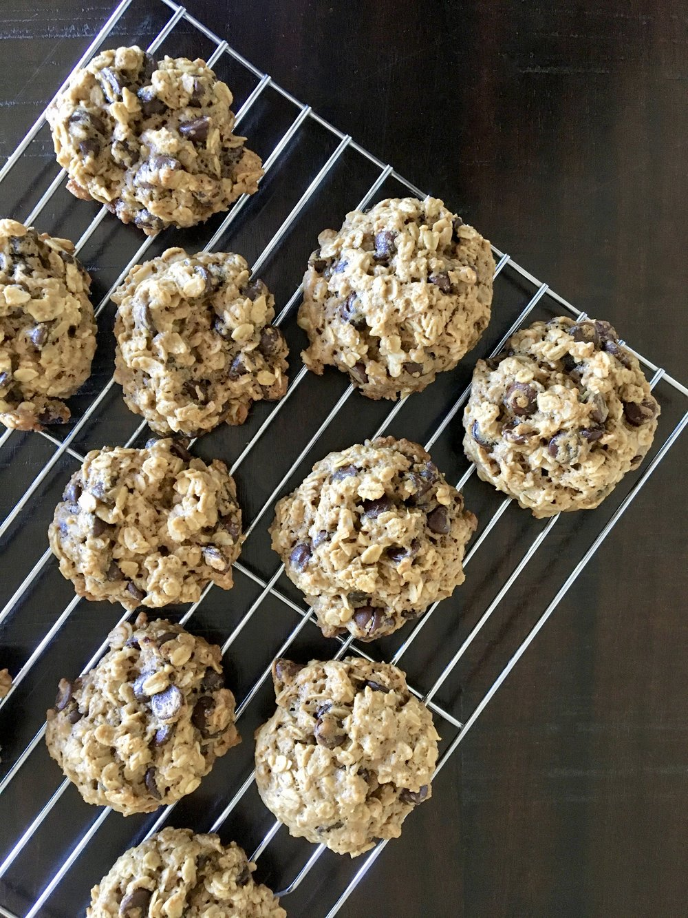 Gluten Free Lactation Cookies | www.barbellsandbaking.com