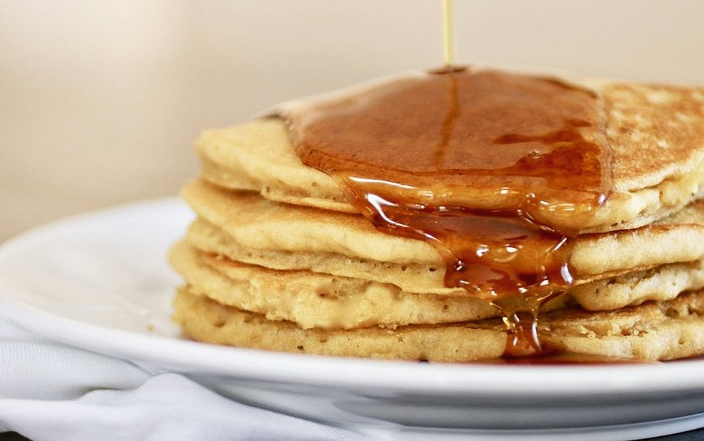 GF Fluffy Pancakes | www.healthymamaspace.com