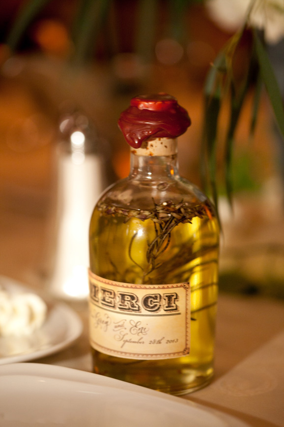 Extra virgin olive oil mixed with lavender seeds Wedding Favor