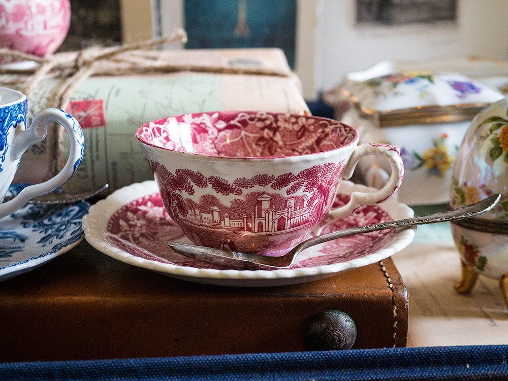 vintage teacup candle