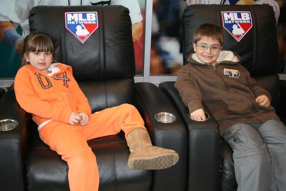 Kids at MLB Network 30.JPG