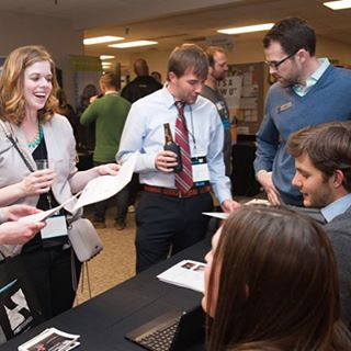 New to Indianapolis or just looking for new ways to get plugged into the city? Registration for Discover Indy 2017 is now open! Join us for our fifth annual event on May 17 and make connections with other YPs and organizations. Link in bio.