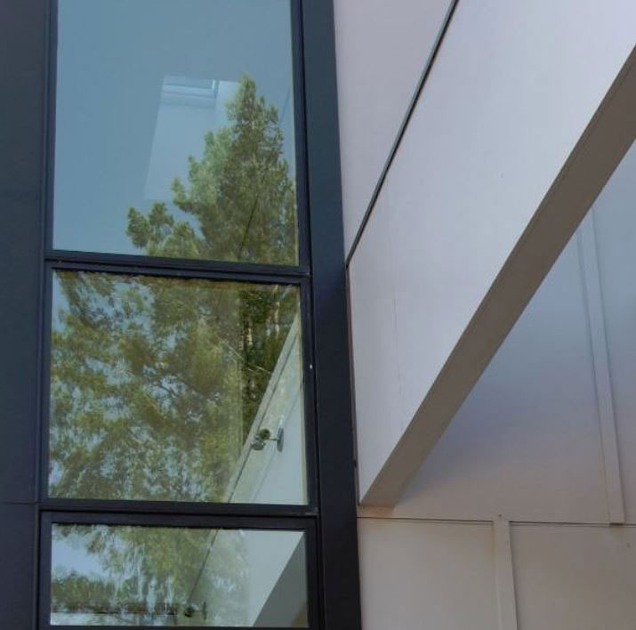 2B_IndoorOutParapet.jpg