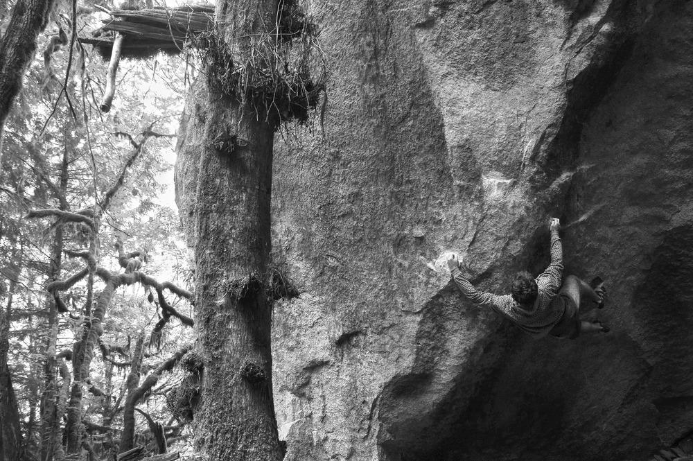 squamish-bouldering2.jpg