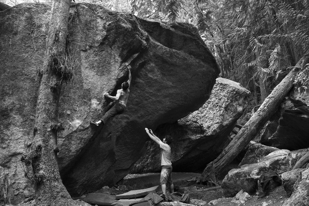 squamish-bouldering3.jpg